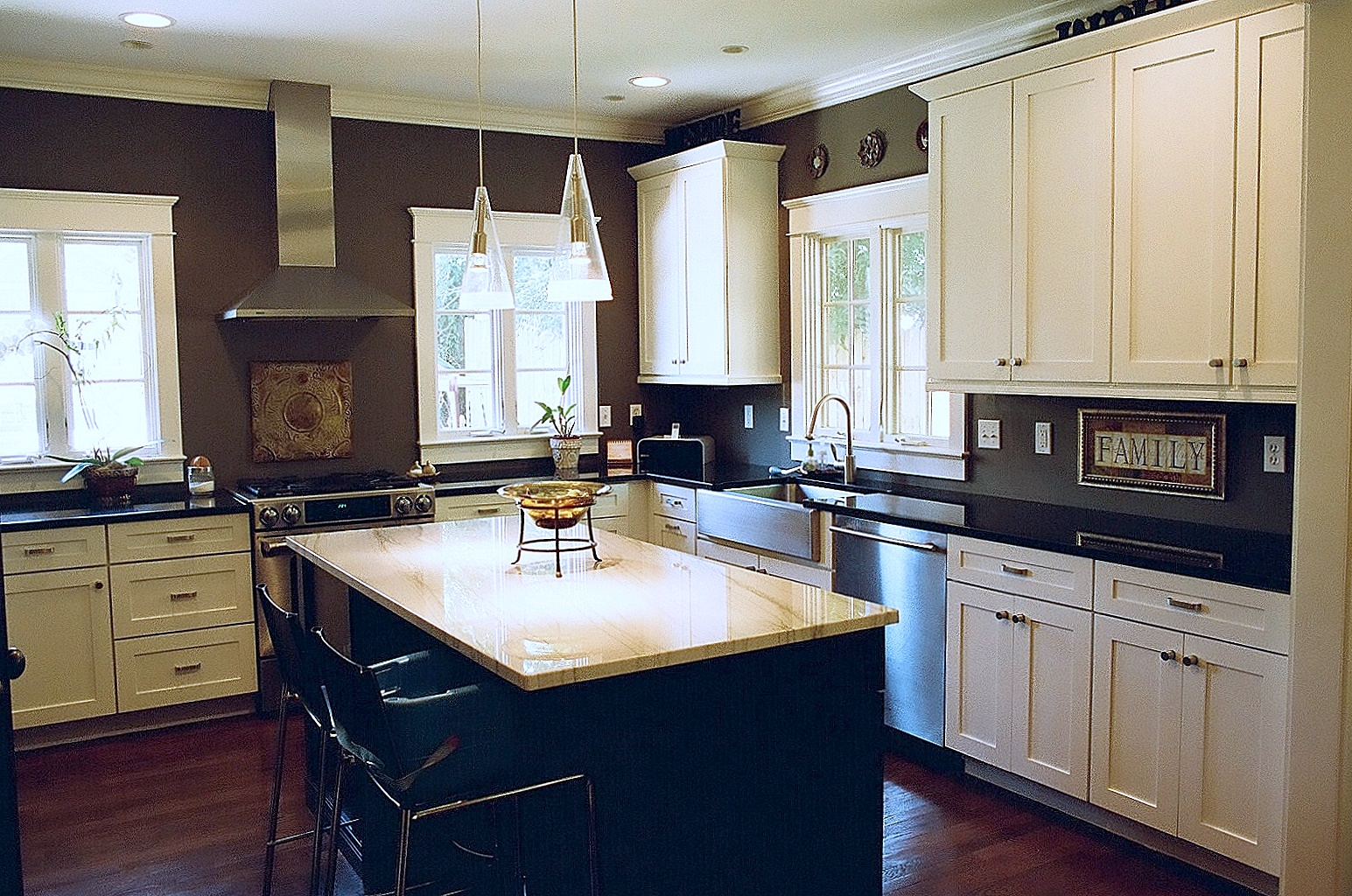 Kitchen island bynum design blog - Kitchen design blog ...