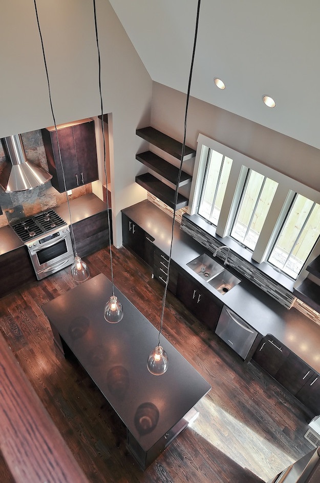 Bynum Design looking into kitchen
